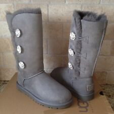 UGG Bailey Swarovski Triple Triplet Button Bling Chrc Suede Boots US 5 Womens