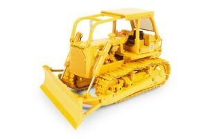 Caterpillar Cat D7G Dozer with A-Blade and Winch - CCM 1:48 Scale Model New!