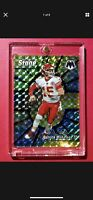 Patrick Mahomes RARE CENTER STAGE SILVER PRIZM REFRACTOR PANINI MOSAIC INSERT