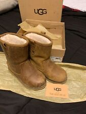 UGG Girls Redwood II Pull On Boot Chestnut Brown Leather Youth 11 M US Water Res