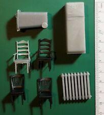 HOUSE ACCESSORY TABLE, CHAIR - TAVOLO, SEDIE - 1/35 PLASTIC KIT