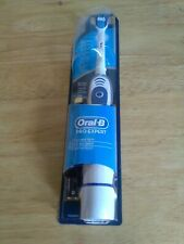 ORAL B PRO - EXPERT  Battery Operated Tooth Brush, New