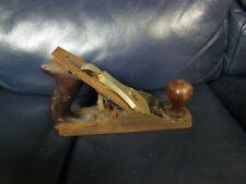 VINTAGE Wooden Handle Stanley BAILEY Corrugated No. 4 Plane