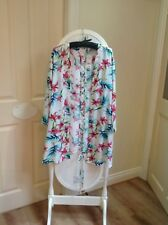 womens bikini cover up jacket size 20-22 with criss cross detail at the back