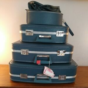 Vintage Set of 3 Matching Suitcases plus vanity case  & 2 WASH BAGS 1960s