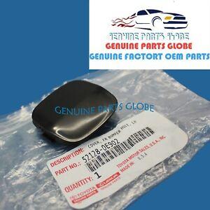 GENUINE OEM LEXUS 04-09 RX330 RX350 LEFT FRONT BUMPER HOLE COVER 52128-0E902