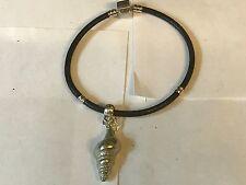 Concha De Mar TG121 de estaño bien inglés en una pulsera serpiente de imitación de cuero