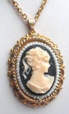 Collier pendentif chaîne couleur or camée buste féminin bijou vintage 5218