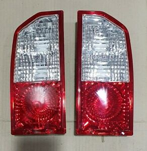 SUZUKI SIDEKICK ESCUDO VITARA TRACKER REAR TAIL LIGHT LAMPS HOUSING REFLECTOR