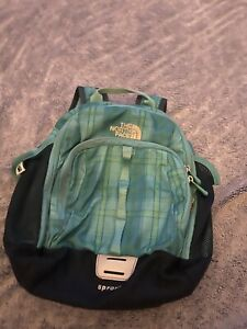 THE NORTH FACE Sprout Small Day Backpack Toddler  Green Patterned. Preowned.