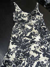 LIMITED COLLECTION MARKS AND SPENCER DRESS SIZE 10