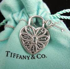 TIFFANY & CO ~ FILIGREE HEART KEY PENDANT NECKLACE ~ MINT! POUCH
