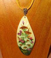 PENDANT Shell Genuine Russian ART hand painted WILD FLOWERS WHITE DAISIES CLOVER