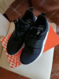 Damen Sneaker von Nike Gr. 40 im Origialkarton Neuwertig