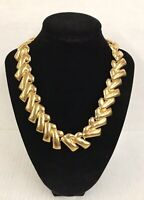 Vintage ANNE KLEIN Gold Tone CHUNKY CHEVRON Link NECKLACE Toggle Closure