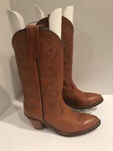 Frye Boots Women's Western Cowboy Size 9.5 AA Heels Brown