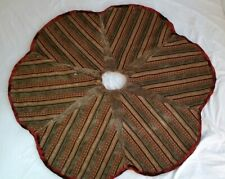 "Villa Bacci Gold Christmas Tree Skirt 54 "" Buttons Scalloped Red Fringe Heavy"