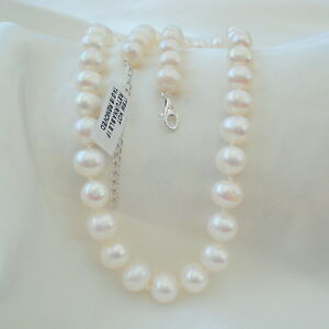 260ct Natural Freshwater Pearl White Gold Necklace