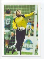 TC0030 - Russia Goalkeeper - Dmitri Kharine - postcard by Barratt