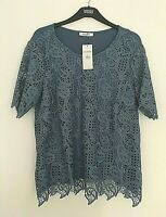 LADIES M&S CLASSIC SIZE 14 BLUE LINED LACE FRONT STRETCH TOP FREE POST