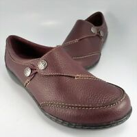 Clarks Collection LOOP Moccasins Womens Size 8.5W Burgundy Textured Leather Mocs
