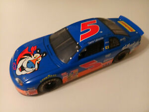 REVELL 1997 TERRY LABONTE #5 CHEVY MONTE CARLO KELLOG'S STARBBURST NASCAR 1:18