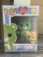 FUNKO POP! Good Luck Bear Flocked Spring Convention 2018 NEW Protector Exclsuive