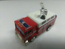 2001 MATCHBOX COLLECTIBLES IN 1/64 SCALE MACK HEAVY RESCUE WITH RUBBER TIRES