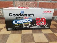 2001 Kevin Harvick #29 GM Goodwrench/ Oreo Show Car Chevrolet 1/24 Action Nascar