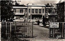 CPA  Dreux - Le Centre - Cardio-Vasculaire  (385469)