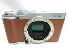Fujifilm X-M1 digital camera brown body with accessories *superb