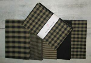 Dunroven House 5  Primitive Homespun  Black / Wheat   Fabric Fat Quarters