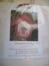"""Kit patchwork/broderie """"Cadre rouge"""" de marque Les boutis de Lucie neuf emballé"""