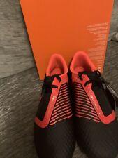 New Nike JR Phantom Venom Academy Junior Size 3.5 Red And Black