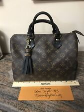 LOUIS VUITTON Speedy 30 Monogram With Black And Gorgeous!