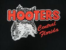 HOOTERS CENTRAL FLORIDA UCF KNIGHTS - BLACK LARGE T-SHIRT H820