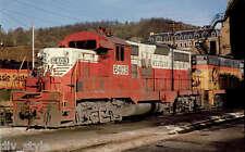 Western Maryland EMD GP9 diesel locomotive #6403 railroad train postcard