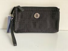 NEW! TOMMY HILFIGER BLACK DOUBLE ZIP WALLET CLUTCH POUCH WRISTLET PURSE $58 SALE