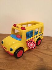 FISHER PRICE LITTLE PEOPLE  YELLOW SCHOOL BUS - LIGHTS AND SOUNDS