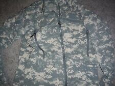 USED ARMY ISSUE ACU ARMY ECWCS GEN 3 WIND COLD WEATHER JACKET SIZE MEDIUM REG