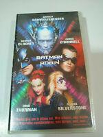 Batman Y Robin Clooney Schwarzenegger Uma Thurman - VHS Kassette Tape Spain Neu