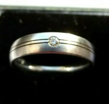 A. GERSTNER 18ct and Diamond white gold ring