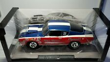 1/18 HIGHWAY 61 SOX & MARTIN 1968 PLYMOUTH BARRACUDA