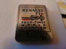 PIN'S VOITURES  RENAULT F1 / 4 FOIS CHAMPION DU MONDE  92 93 94 95 / EMAILLEE