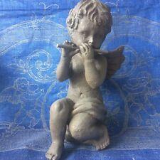 CHÉRUBIN À LA FLUTE STATUETTE EN BOIS GRIS/ Wooden Grey Cherub statuette