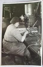 DDR Foto 1956: Quedlinburg Bester Arbeiter VEB Fabrik Harz Bohrmaschine