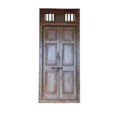 Portes anciennes et serrurerie en bronze