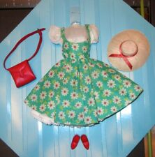 BARBIE Japanese Exclusive Outfit Friday Night Date GREEN Floral Variation
