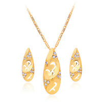 New 18K Real Gold Plated Rhinestone Pendant Necklace And Earrings Jewellery Set