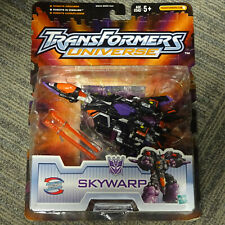 MINT ON CARD 2003 Hasbro Transformers Universe Robots in Disguise Skywarp